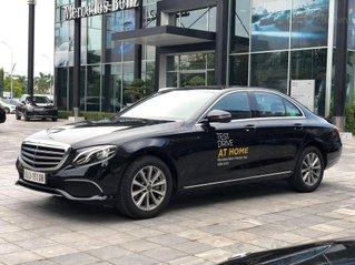 Merc E300 AMG màu đen, nội thất đen SX 2019, ĐK 2020