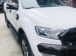 Cần bán Ford Ranger đời 2017, màu trắng mới 95% giá chỉ 760 triệu đồng