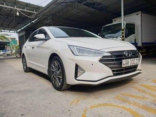 Bán Hyundai Elantra 2.0L 2020 siêu lướt, màu trắng
