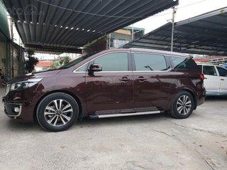 Cần bán xe Kia Sedona full dầu SX 2018 màu đỏ