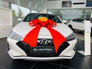Hyundai Elantra ưu đãi cực khủng giảm ngay 32 triệu tiền mặt, full bộ phụ kiện, chạy 50% thuế trước bạ