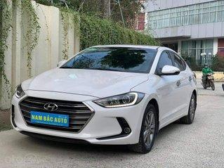 Hyundai Elantra 1.6 AT SX 2017 màu trắng