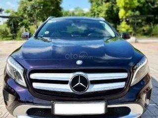 Cần bán Mercedes CLA class sản xuất năm 2015, màu đen, nhập khẩu nguyên chiếc còn mới
