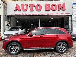 Cần bán lại xe Mercedes GLC-Class sản xuất năm 2017, màu đỏ còn mới