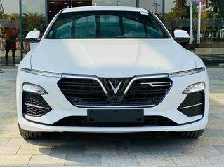 VinFast LUX A2.0 2020 - giá ưu đãi cực hot cùng hàng ngàn quà tặng giá trị - mua xe giá tốt nhất chỉ có tại đây