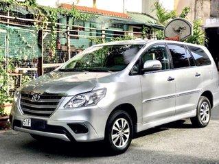 Cần bán Toyota Innova sản xuất 2016 còn mới