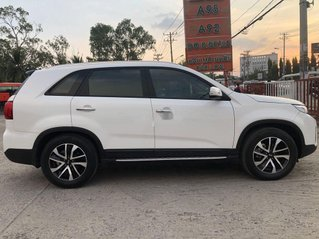 Cần bán xe Kia Sorento sản xuất năm 2019 còn mới