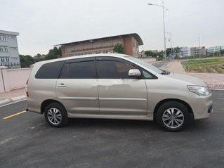 Cần bán lại xe Toyota Innova sản xuất 2016 xe gia đình.
