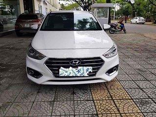 Xe Hyundai Accent năm sản xuất 2018, màu trắng còn mới, giá tốt