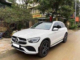 Cần bán xe Mercedes GLC-Class sản xuất năm 2020, màu trắng còn mới