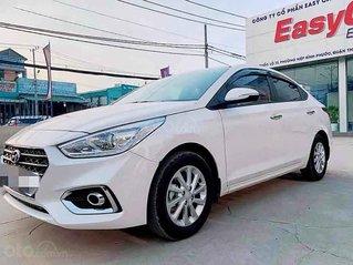 Bán xe Hyundai Accent 1.4 MT năm 2020, màu trắng