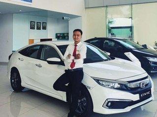 Cần bán xe Honda Civic sản xuất năm 2020, màu trắng, xe nhập