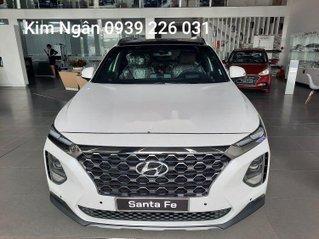 Cần bán xe Hyundai Santa Fe sản xuất năm 2020, màu trắng giá cạnh tranh
