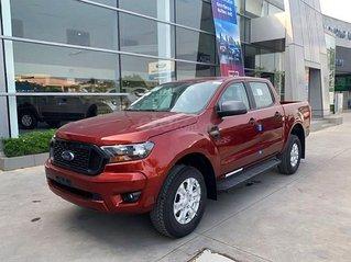Cần bán xe Ford Ranger XLS 2.2L 4x2 AT sản xuất 2020, màu đỏ, nhập khẩu nguyên chiếc