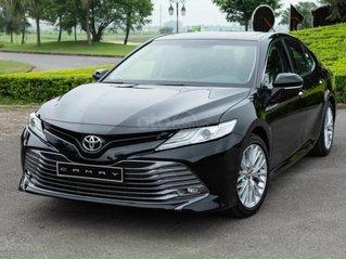 Toyota Camry sang trọng đẳng cấp