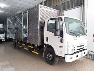 Isuzu 4T99 thùng kín 6m2 giao ngay, KM tiền mặt 16.4tr, máy lạnh, 9 phiếu bảo dưỡng