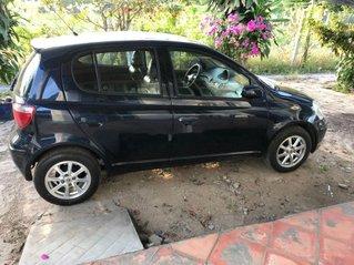 Cần bán xe Toyota Yaris đời 2004, màu đen chính chủ, giá tốt