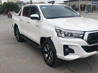 Bán Toyota Hilux năm sản xuất 2018, màu trắng, nhập khẩu