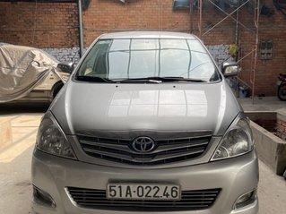 Cần bán Toyota Innova đời 2010, số tự động