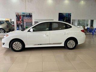 Bán Hyundai Avante 2011, màu trắng chính chủ, 285 triệu