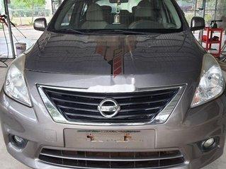 Cần bán lại xe Nissan Sunny 2015, màu xám xe gia đình