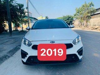 Cần bán lại xe Kia Cerato năm sản xuất 2019, màu trắng