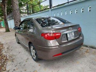 Bán ô tô Hyundai Avante sản xuất năm 2014, nhập khẩu xe gia đình