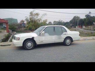 Cần bán xe Toyota Crown sản xuất năm 1996, nhập khẩu còn mới, giá tốt