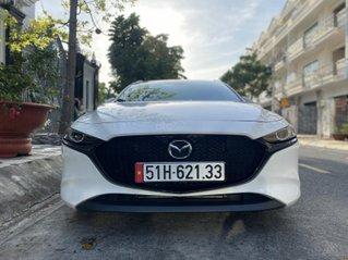 [Hot] bán Mazda 3 Hatchback 2020 biển số thành phố, xe chính chủ đi cực giữ gìn, màu trắng, nội thất đen, không đâm đụng
