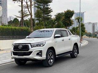 Bán Toyota Hilux năm 2018, màu trắng, nhập khẩu
