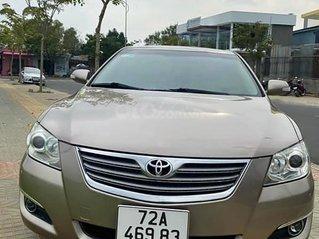 Cần bán gấp Toyota Camry sản xuất năm 2008, màu vàng
