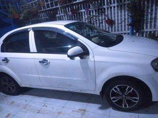 Bán ô tô Daewoo Gentra đời 2010, màu trắng chính chủ