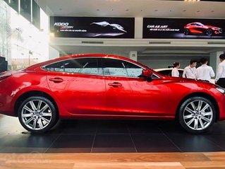 Bán ô tô Mazda 6 năm sản xuất 2020, màu đỏ, giá 949tr