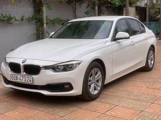 BMW 320 sx 2016, màu trắng giá cả hợp lý