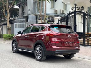 Tucson 2.0 xăng đặc biệt, sx 2019 model 2020