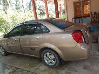 Cần bán Daewoo Lacetti năm sản xuất 2004 còn mới, giá 135tr