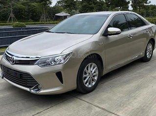 Bán Toyota Camry đời 2015, giá chỉ 720 triệu