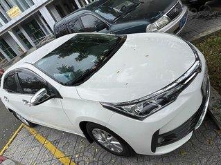 Cần bán gấp Toyota Corolla Altis đời 2017, màu trắng chính chủ