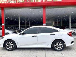 Cần bán xe Honda Civic sản xuất 2019, màu trắng