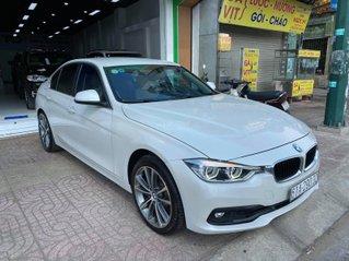 Bán BMW 320i sản xuất 2016 xe đẹp đi 25.000km, bao check hãng