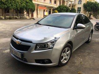 Bán ô tô Chevrolet Cruze năm sản xuất 2014, màu bạc, giá 290tr