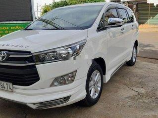 Cần bán lại xe Toyota Innova năm 2017 còn mới, giá 580tr