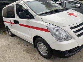 Bán Hyundai Grand Starex đời 2017, màu trắng, nhập khẩu