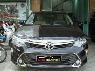 Cần bán Toyota Camry 2.0E 2019, màu đen, xe nhập