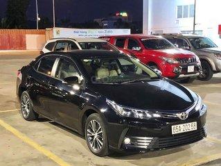 Bán xe Toyota Corolla Altis đời 2019, màu đen chính chủ, giá 698tr