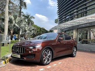 Cần bán xe Maserati Levante đời 2020, màu đỏ, nhập khẩu