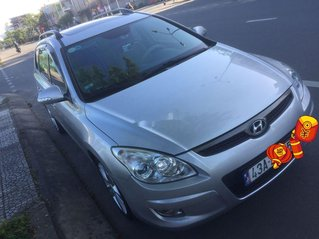 Xe Hyundai i30 năm sản xuất 2009, xe nhập chính chủ giá cạnh tranh