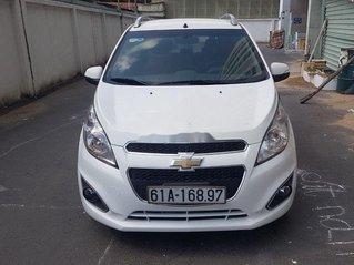 Cần bán Chevrolet Spark đời 2014, màu trắng