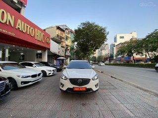Bán xe Mazda CX5 sản xuất 2017, màu trắng, đi chuẩn 48000km, biển HN