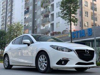 Xe Mazda 3 đời 2015, màu trắng, giá cạnh tranh